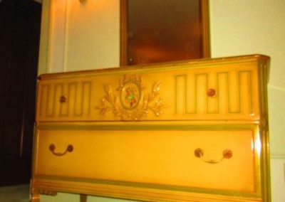 Art Deco chest of drawers and mirror
