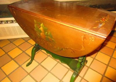 Hand-painted drop leaf table circuit 1920's