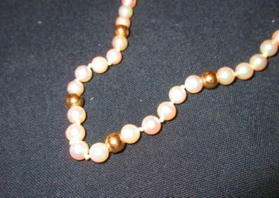 Pearl and 14 karat gold necklace