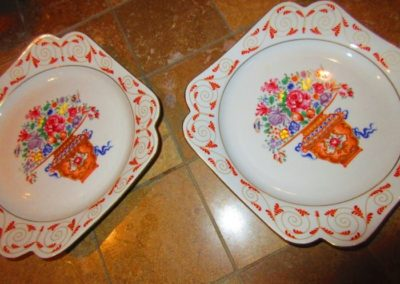 Pair of French plates
