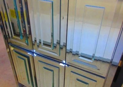 Mirrored cabinet by Ello
