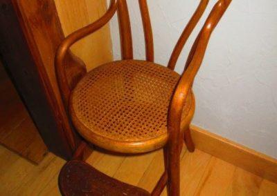 A bentwood children's high chair circa 1900