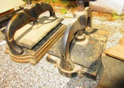 Many antique printers presses