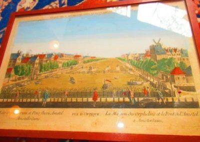 La Maison des Orphelins et le Pont De L'amstel a Amsterdam C. 1775