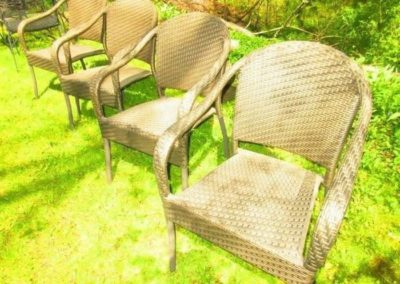 Group of 4 woven chairs