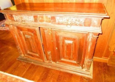 A beautifully carved 18th century cabinet